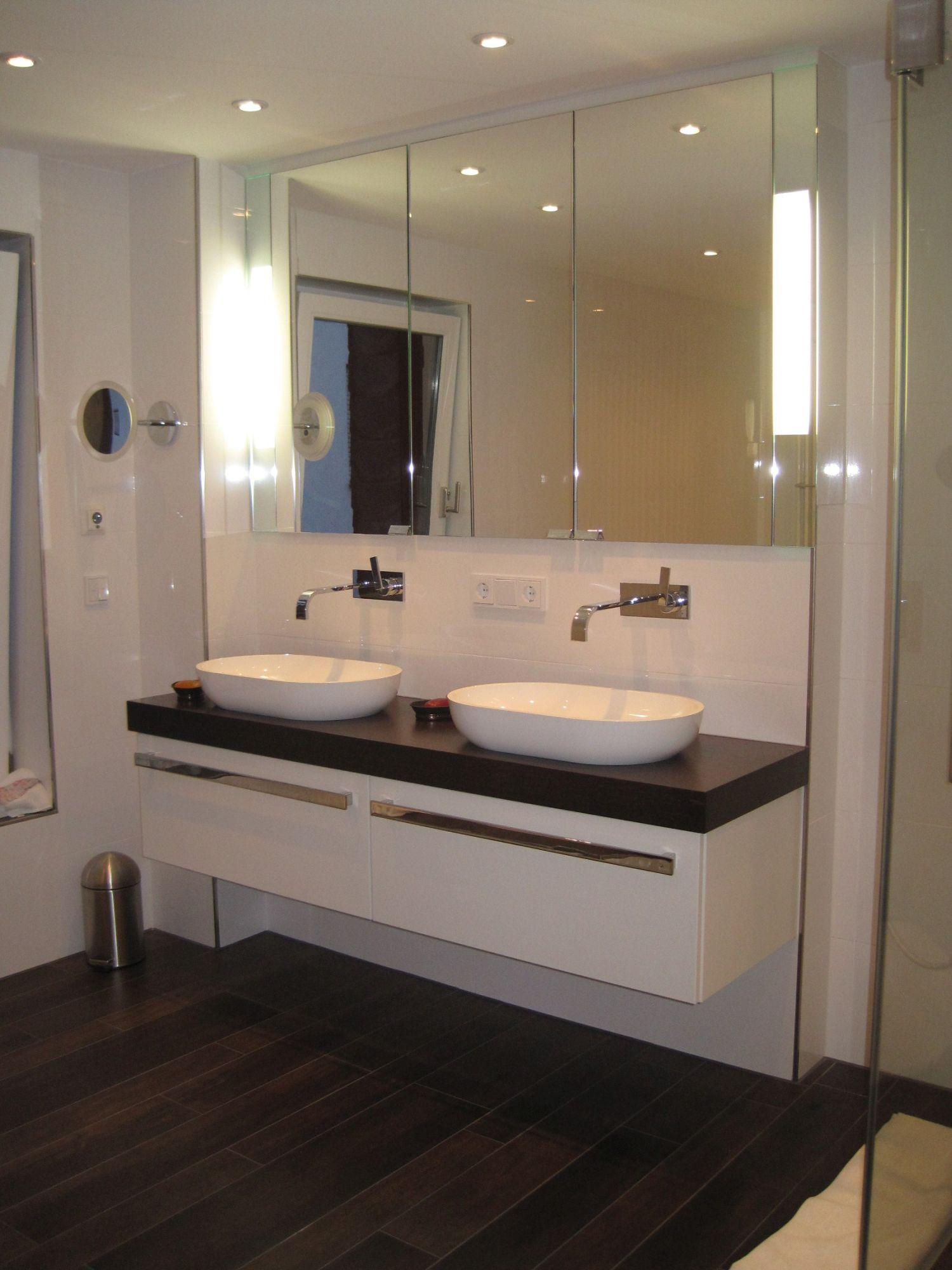 waschtisch echtholz waschtisch echtholz haus dekoration. Black Bedroom Furniture Sets. Home Design Ideas